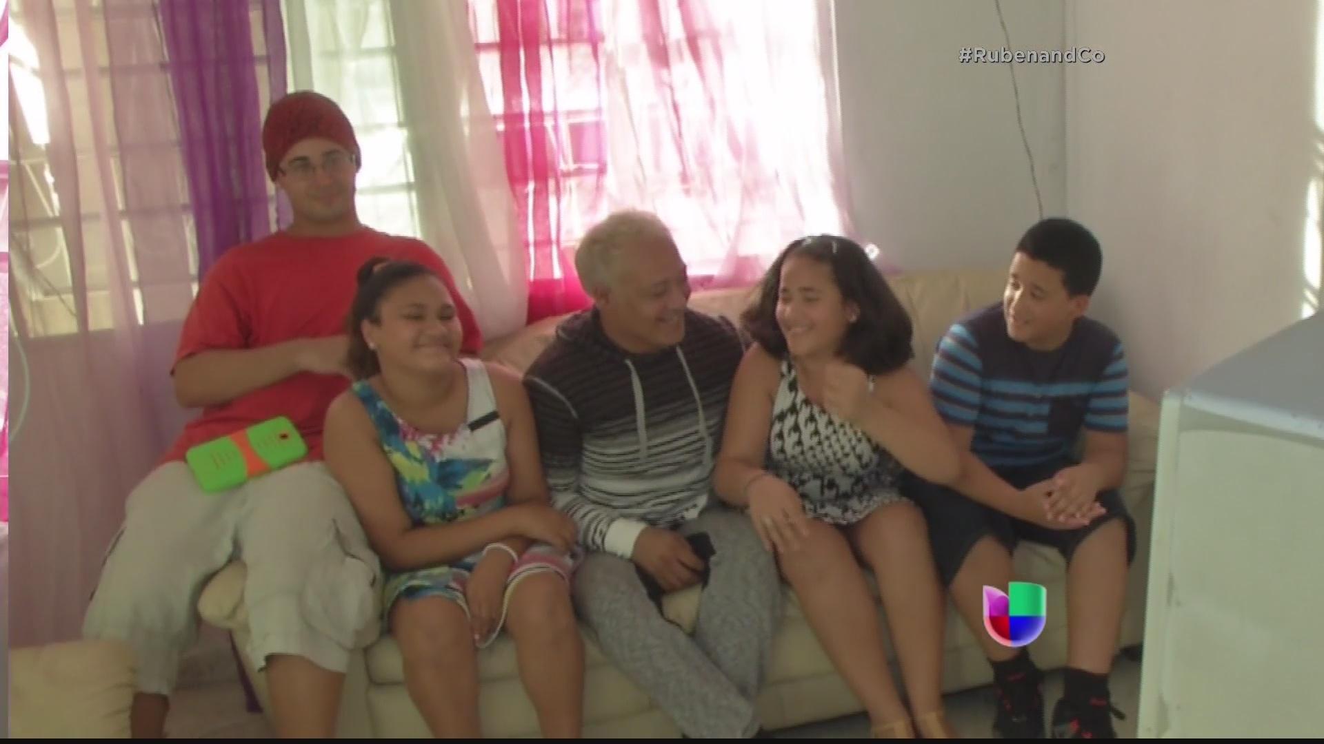 Univision Gay 112