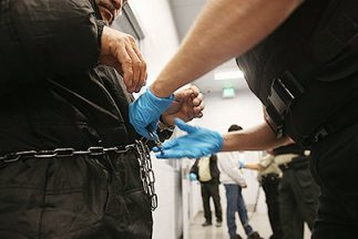 Las deportaciones tienen en aprietos al gobierno de Obama.