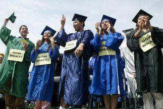 Miles de estudiantes indocumentados se beneficiarían con el Dream Act.
