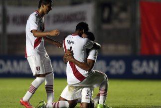Perú derrotó 1-0 a Venezuela en San Juan y dio un paso importante para c...