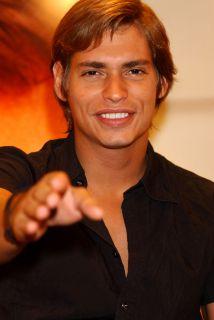 Carlos Baute reconoció que recurre a exclusivos tratamientos de belleza...