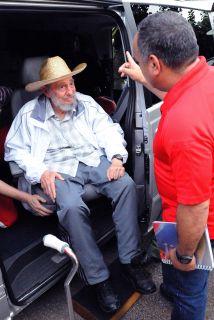 Fidel Castro con el jefe de la Asamblea Nacional de Venezuela,Diosdado...