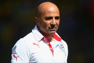 Jorge Sampaoli se mantendrá en el timón de la 'Roja' hasta Rusia 2018.