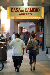 Dos de cada cinco hogares nuevos con televisión en EU serán de hispanos.