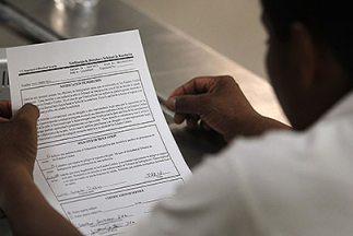 En total, las autoridades determinaron fraude en 29 casos, de los cuales...