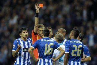 Héctor Herrera apenas jugó unos minutos porque fue expulsado.