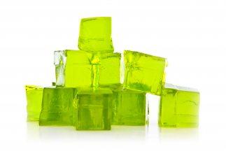 Los lubricantes reducen la cantidad de fricción entre dos superficies qu...