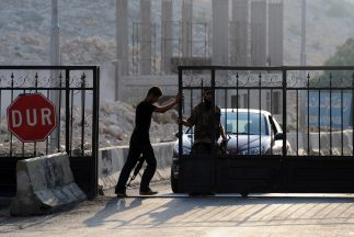 El régimen sirio continuó sus bombardeos sobre el centro y la periferia...