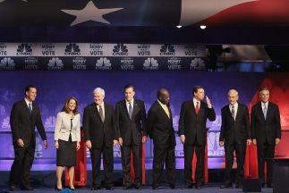 Republicanos debatieron en Michigan.