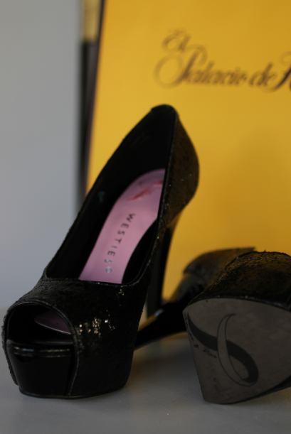 La firma lanzó a la venta unas zapatillas cuyos fondos serán destinado a...
