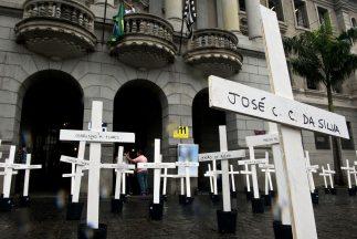 Homenaje a las víctimas deCarandirú.