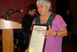 En honor a la pionera en atención médica a inmigrantes, el gobernador de...