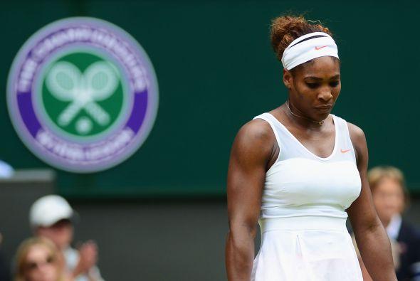 Se le va de las manos Wimbledon 2013.