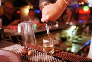 La policía de Chihuahua desmanteló un bar que operaba en un penal del es...