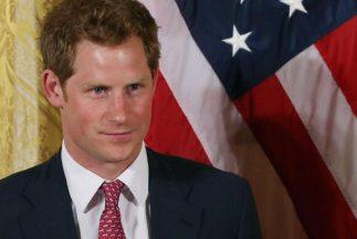 El príncipe Enrique realizó una visita sorpresa a la Casa Blanca -donde...