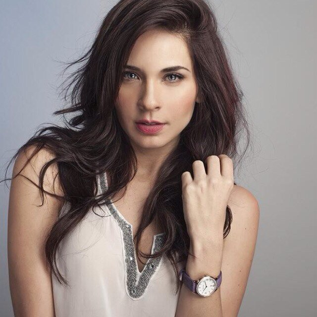 Adriana Louvier 20 Adriana Louvier Pictures ImgHD Browse and Download