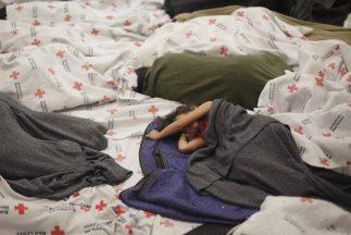 Más de 50 mil niños migrantes solos e ibndocumentados han sido detenidos...