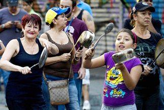Los cacerolazos contra el gobierno de Nicolás Maduro fueron convocados p...
