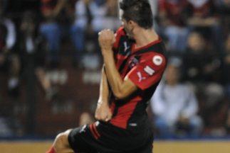 Alajuelense sigue en el fondo de la tabla tras la derrota ante Carmelita...