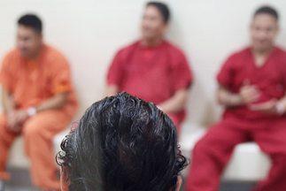 Los inmigrantes presos en centros de detención de ICE en Washington y Te...
