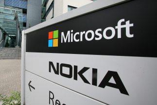 Tras la adquisición de la unidad telefónica de Nokia, Microsoft suprimir...