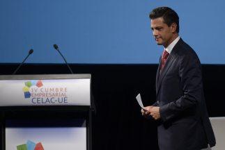 El presidente Enrique peña Nieto anuncia posible alianza entre Pemex y P...