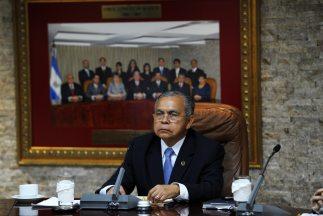 El magistradoOvidio Bonilla preside la Suprema Corte de Justicia en ple...