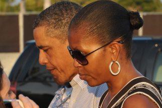 Un nuevo libro sobre Barack y Michelle Obama retrata las tensiones e inc...