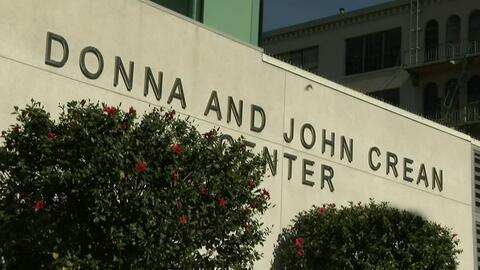 Inauguran en Los Ángeles un centro de crisis para mujeres que viven en l...