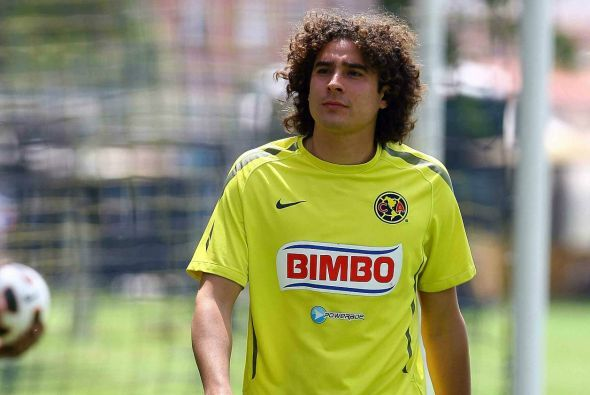 Guillermo Ochoa rompió su romance con el América por probar suerte en Eu...