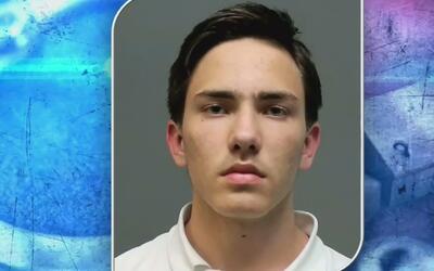 Presentan cargos a un estudiante acusado de intentar lastimar a un compa...