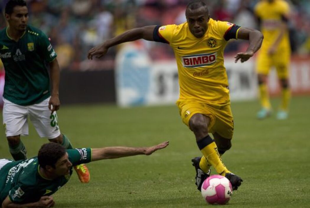 Mientras que en el Clausura 2013 marcó 12 tantos para conseguir su terce...