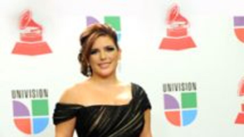 La actriz mexicana anunció emocionada que se casará.