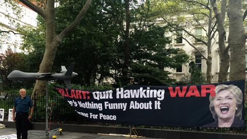 La organización World Can't Wait llamó a los neoyorquinos...