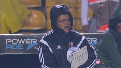 Un Tigres muy lejos del rendimiento del torneo pasado perdió en casa fre...