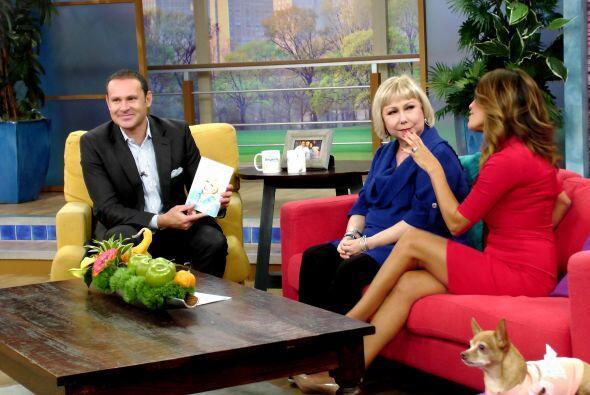 Y también nos presentó su nuevo libro titulado '¡Pa'rriba y Pa'lante!'.
