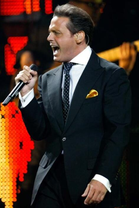 10.- Luis Miguel: 'El Sol' es considerado uno de los mejores cantantes m...