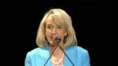 Gobernadora de Arizona, Jan Brewer.