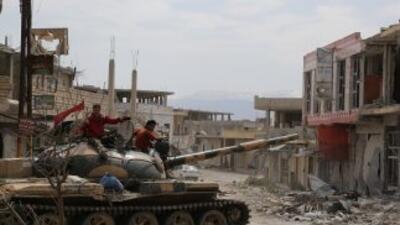 Antes de comenzar el conflicto interno en 2011, Siria tenía 4,950 tanque...