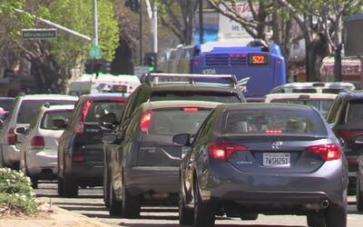 Residentes del área de la bahía están frustrados por el tráfico pesado e...