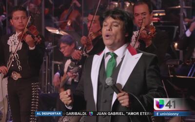Seguidores de Juan Gabriel en Nueva York sienten la muerte del cantante