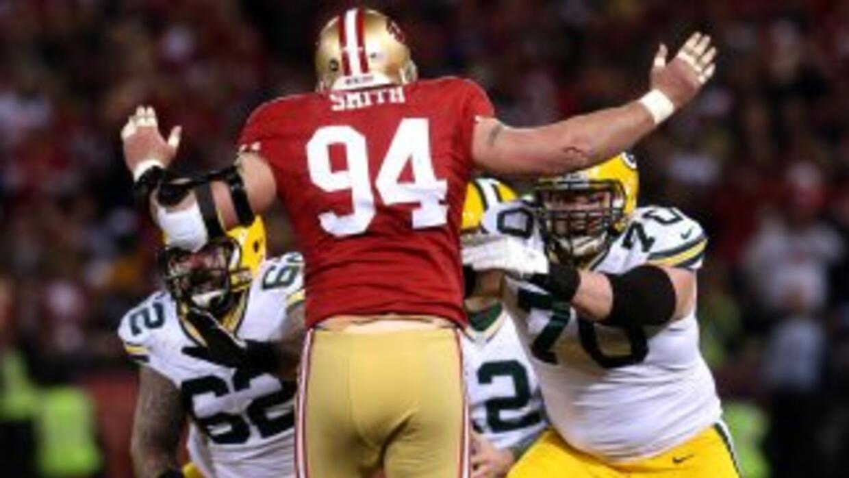 El estelar de la línea defensiva de los San Francisco 49ers se desempeñó...