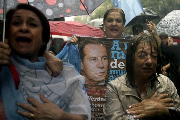 Nisman denunció a la presidenta Cristina Kirchner por encubrir terrorist...
