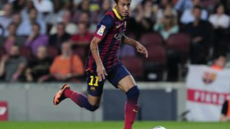 Neymar y el Barcelona buscarán otra victoria en Almería.