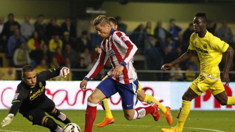 El atacante español condujo desde medio campo y se sacó dos defensas ant...