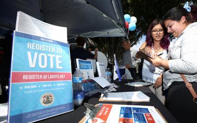 Marissa Jiménez, de 22 años, se registró para votar...