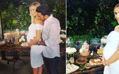 Luis Fonsi y su esposa tuvieron un 'Baby Shower' lleno de amor
