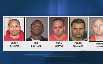 Capturan a 10 personas por presunto tráfico de heroína en Brooklyn y Queens