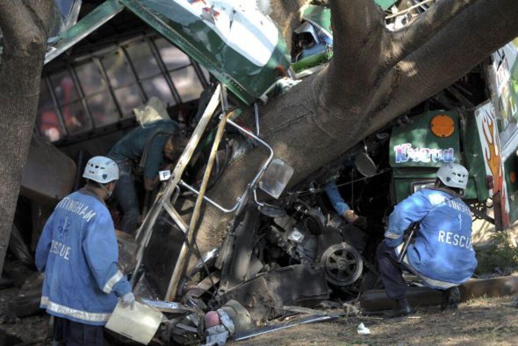 De acuerdo con el reporte, dos conductores fueron detenidos y los otros...