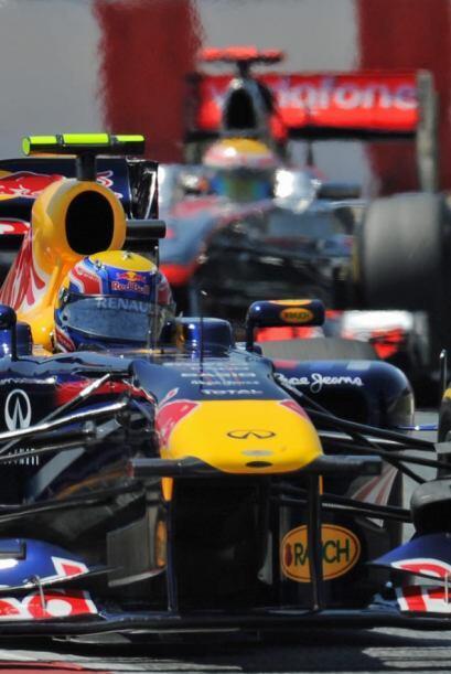 Vettel tomó la punta después de su segunda parada a 'pits'...